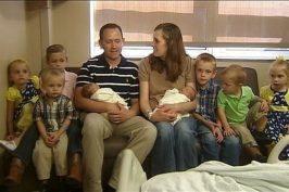 Γέννησε για τρίτη φορά δίδυμα- χωρίς εξωσωματική