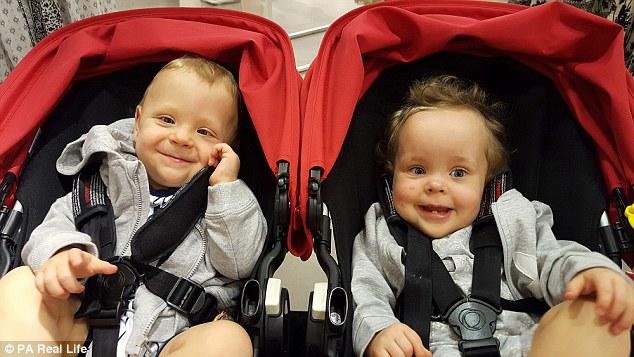 tiny-twins-wrap1