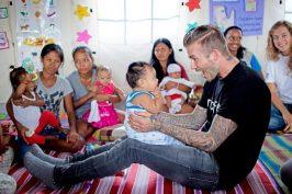 David Beckham: Σε συγκλονιστικό βίντεο για την παιδική κακοποίηση