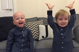 Δίδυμος σώζει τη ζωή του αδερφού του μετά από επέμβαση!